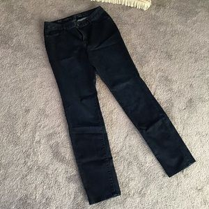 Natural fit 10L slim leg jeans